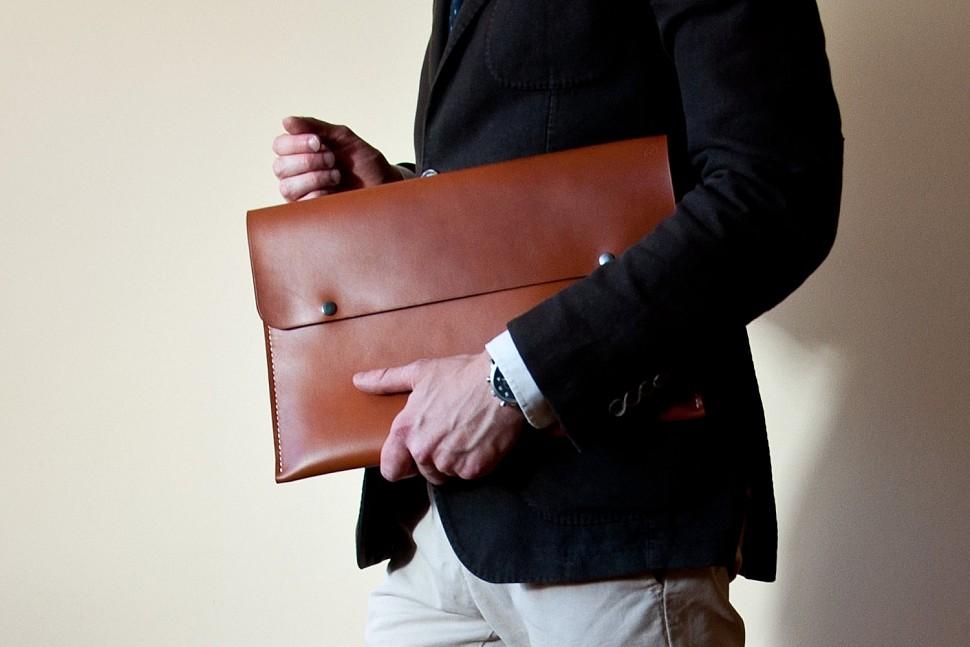 7f94127770b6 Как выбрать мужскую сумку: обзор популярных кожаных моделей